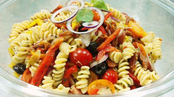 fabriquant de salades compos es marseille 13012 votre traiteur emporter pour r ceptions. Black Bedroom Furniture Sets. Home Design Ideas